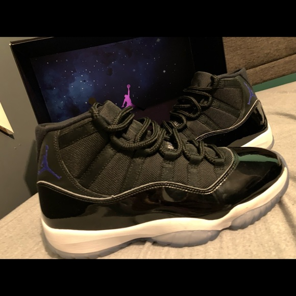 "buy popular 1ff10 e8774 Jordan 11 ""space jam"""